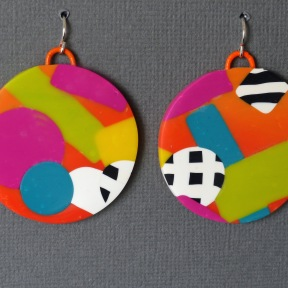 round bright earrings