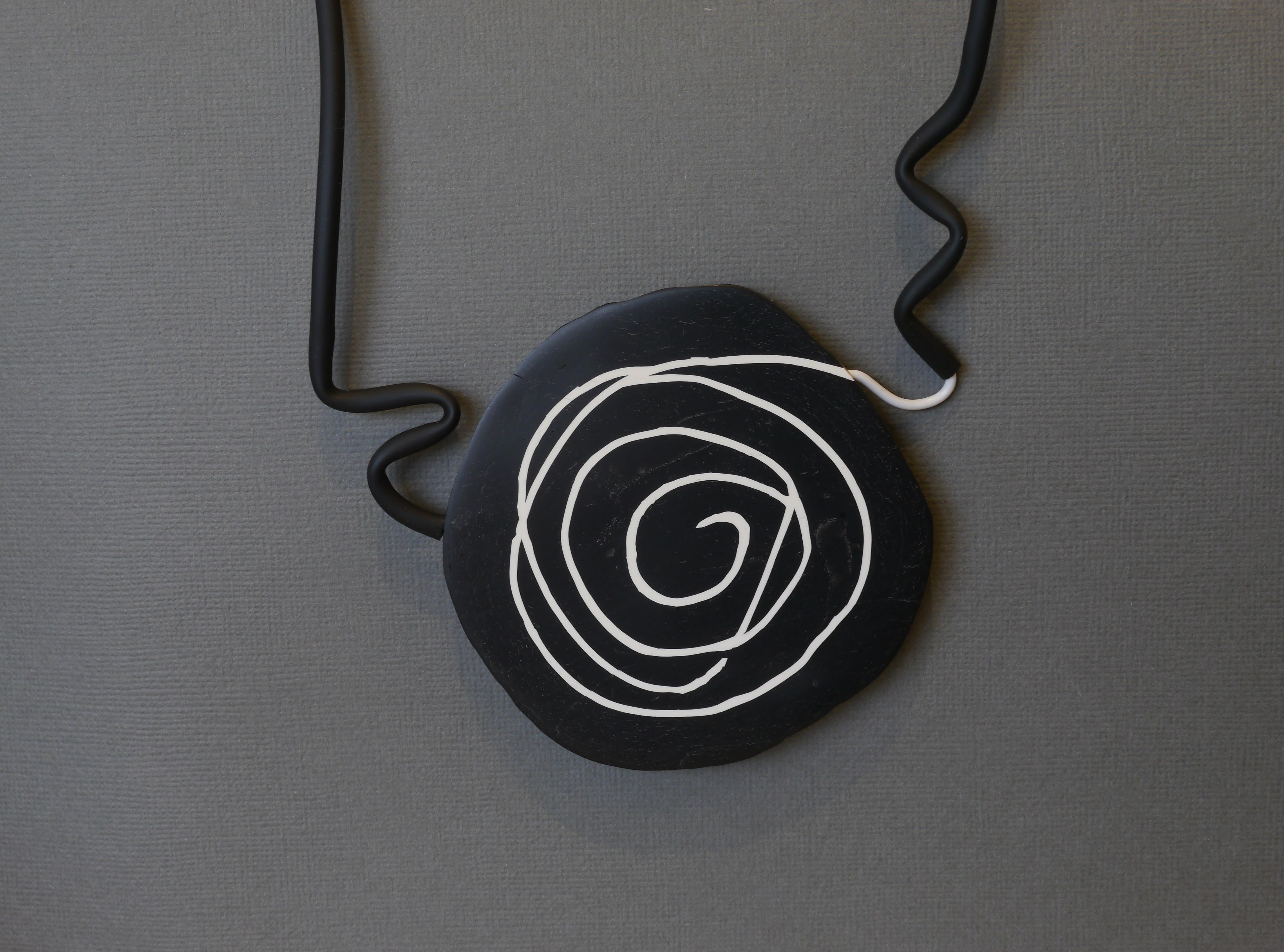 large swirl pendant